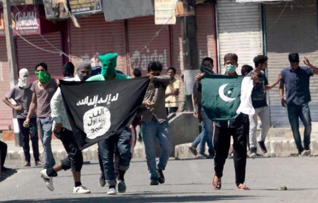 यजीदी लड़कियाँ, महिला, यजीदी, बिहार, उत्तर प्रदेश, बिहार, तमिलनाडु, केरला, इस्लामिक स्टेट, भारत, कश्मीर, हिंदू, सिख, श्री श्री रवि शंकर, India, ISIS, IS, Islamic State, Yazidi, Yezidi