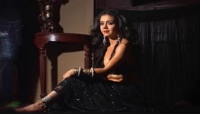 Saath Nibhaana Saathiya, Devoleena Bhattacharjee, Gopi Ahem Modi, Jugnu, Dog, Bhavini Purohit, Radha