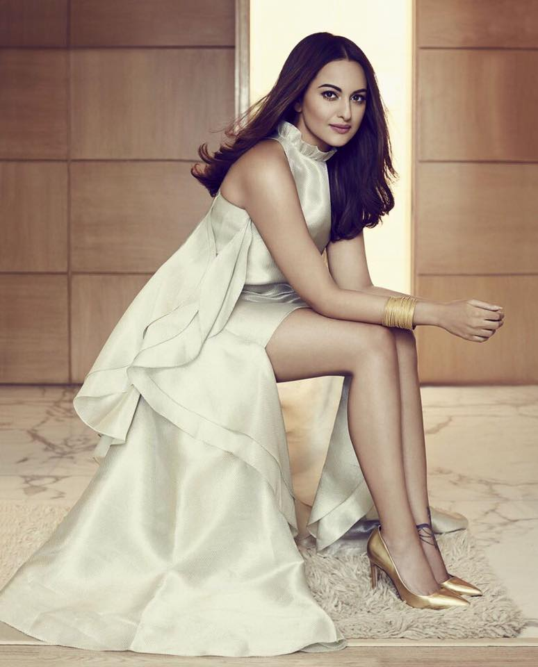 Sonakshi Sinha, photoshoot, beautiful, pics, pictures, snaps, Force 2